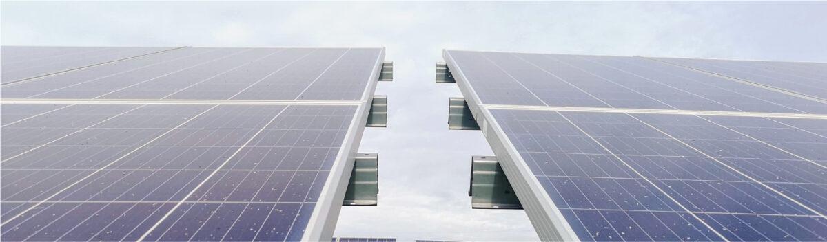 ENERGIA FOTOVOLTAICA DO LUMIERE EVITA EMITIR 1 TONELADA DE CO2